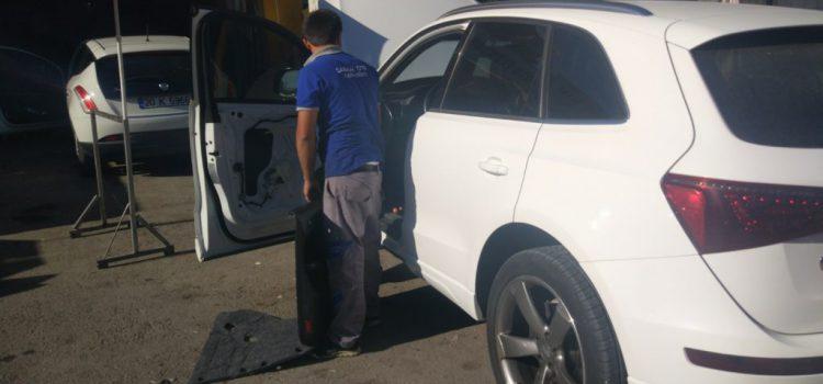 Audi Q5 Cam Kriko Tamiri